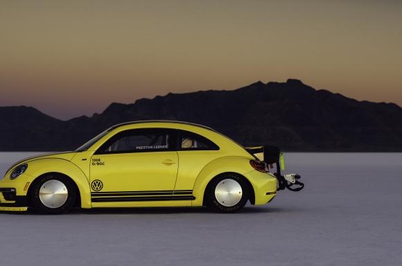 Volkswagen Beetle Lsr Runs 205122 Mph At Bonneville Salt Flats