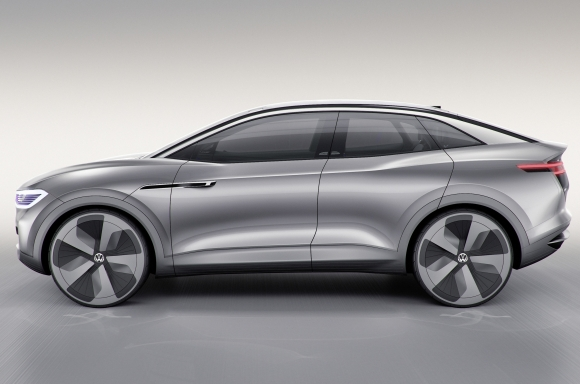 Volkswagen Debuts Id Crozz Crossover Concept At Quotauto