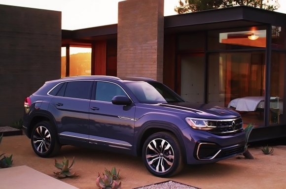 2020 VOLKSWAGEN ATLAS CROSS SPORT ADDS EMOTION TO MIDSIZE SUV DESIGN