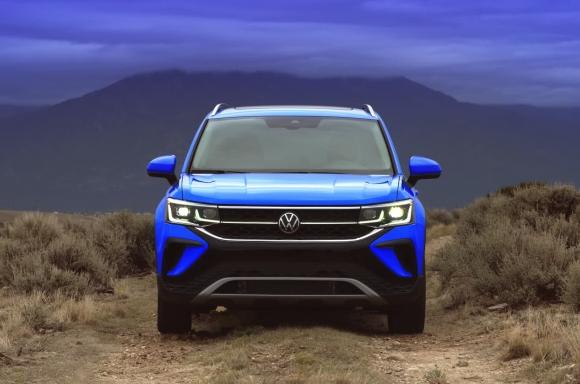 2022 Volkswagen Taos exterior B-Roll