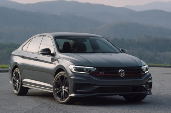 2019 Jetta GLI 35th Anniversary Edition Exterior B-Roll
