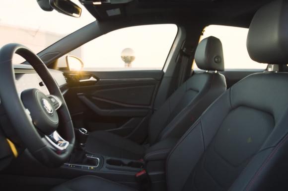 2019 Jetta GLI Autobahn Interior B-Roll